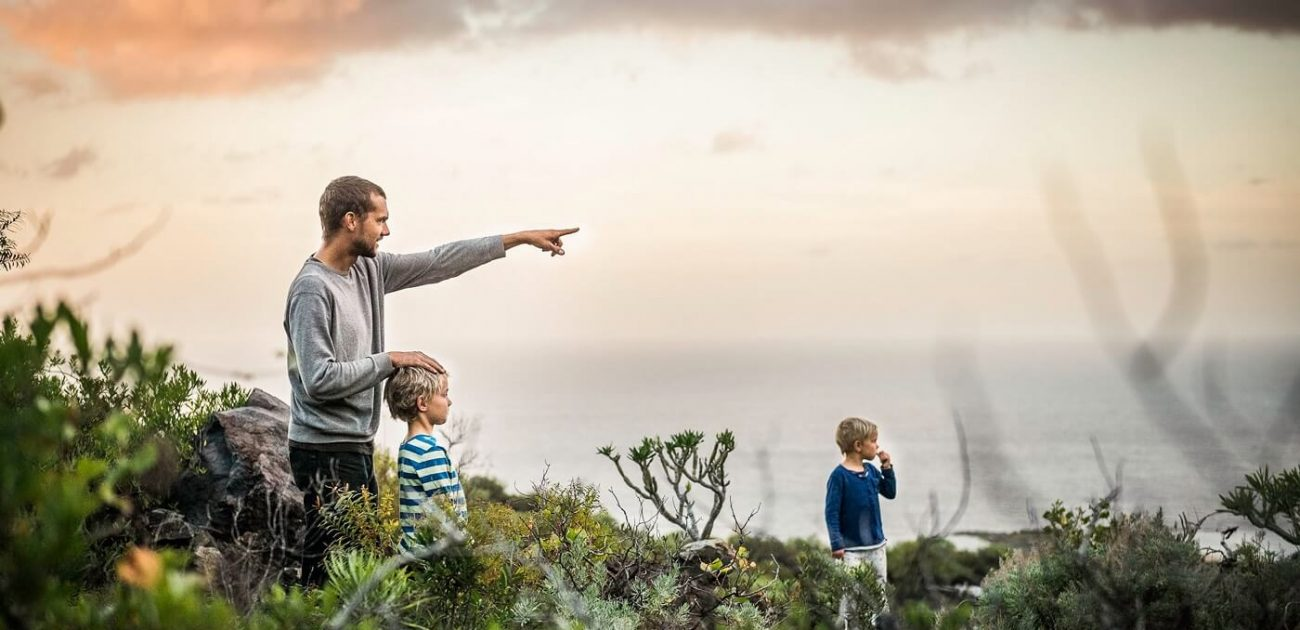 The family life in Harmony with awesome nature.